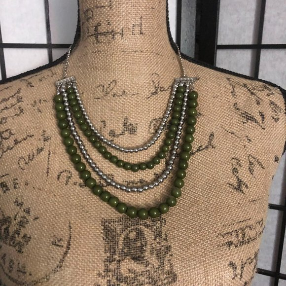 Paparazzi green and silver beaded necklace